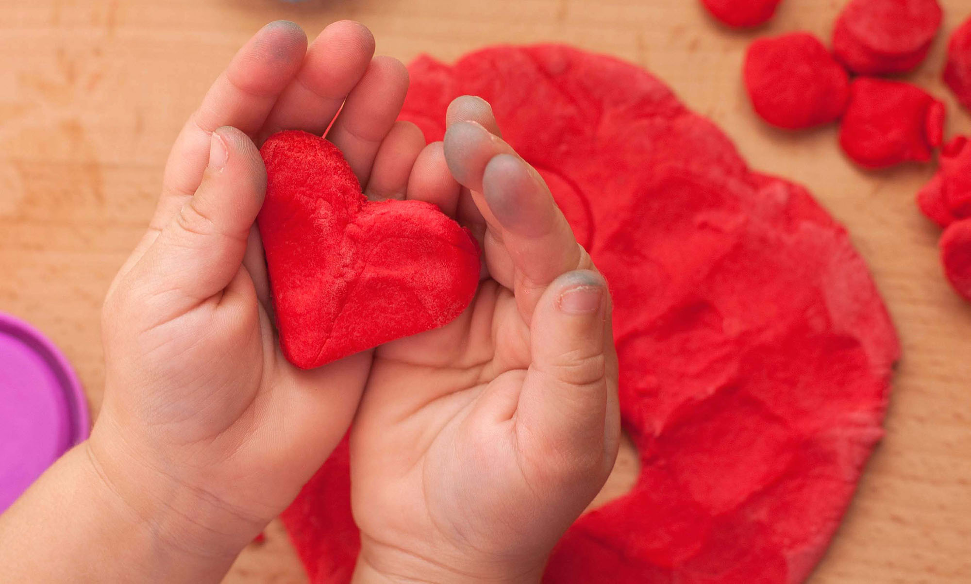 Make your own homemade soft playdough